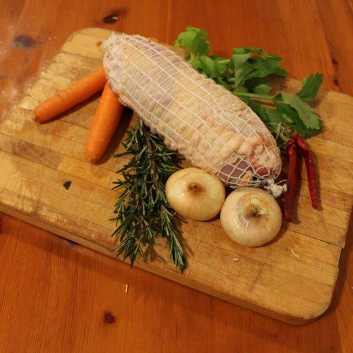 Rotolo di Pollo con broccoletti e salsiccia
